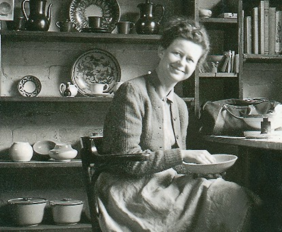Researching 20th century ceramics